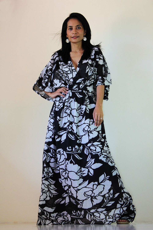 9f1fb3e2c4 Black White Kimono Dress Women Kaftan Maxi Dress   Boho Kimono Collection